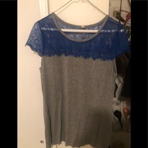 Bailey 44 Blue and grey top